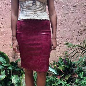 Vintage Red Snakeskin Patterned Skirt